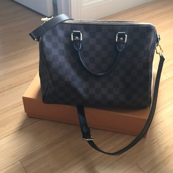 bc009b34daba Louis Vuitton Handbags - Louis Vuitton speedy bandouliere 30